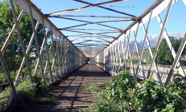 Μεταλλικές γέφυρες του ποταμού Ευρώτα! Φως στο τούνελ της εγκατάλειψής τους;