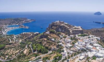 Guardian: Προτείνει 3 προορισμούς στην Πελοπόννησο και άλλους 7 στην Ελλάδα