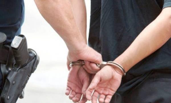 Συλλήψεις για κλοπές και ναρκωτικά σε Τρίπολη, Εξαμίλια και Νεάπολη