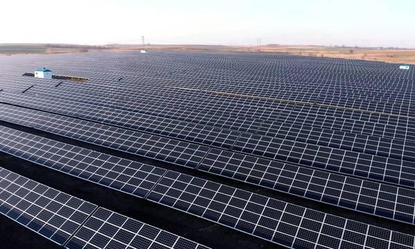 Στη γερμανική RWE τα φωτοβολταϊκά της ΔΕΗ στη Μεγαλόπολη!
