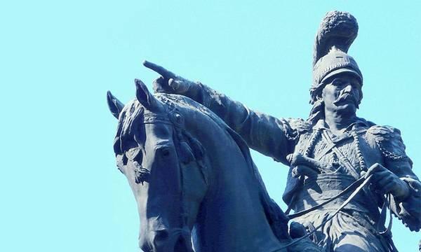 Φτωχός, αγράμματος, ορφανός, αγρότης, αντάρτης. Ο Έλληνας στρατάρχης που νίκησε 400 χρόνια σκλαβιάς!