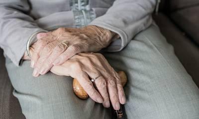 Βόλος: Γυναίκα 101 ετών νίκησε τον κορονοϊό και επέστρεψε σε γηροκομείο