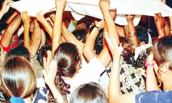 Τελικά και η πανδημία έχει «γνωστούς – άγνωστους δράστες» που κάνουν και party (video)