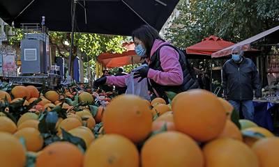 Απεργία στις λαϊκές αγορές όλης της χώρας την Τετάρτη