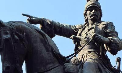 «Η προσβολή απέναντι στον μεγάλο Στρατηλάτη Κολοκοτρώνη από την Περιφέρεια Πελοποννήσου»