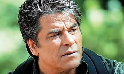 Πάνος Μιχαλόπουλος: Πού βρίσκεται σήμερα ο γόης των '80s; Δίπλα μας!