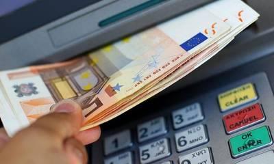 Συντάξεις – επιδόματα: Ποιες πληρωμές θα γίνουν μέσα στον Απρίλιο