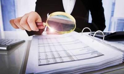 Μπαράζ ελέγχων της ΑΑΔΕ σε 150.000 φορολογικές υποθέσεις