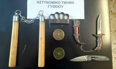 Συλλήψεις γυναικών για κλοπές, ναρκωτικά και όπλα σε Τρίπολη, Κόρινθο και Γύθειο