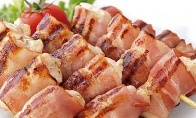 Σουβλάκια κοτόπουλο «Φάρμα Παπαδόπουλου» με μπέικον