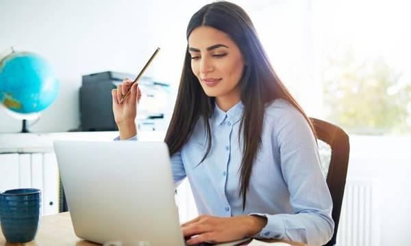 Ξεκινούν οι αιτήσεις ανέργων 18-29 ετών στην επιχειρηματικότητα με έμφαση στις γυναίκες