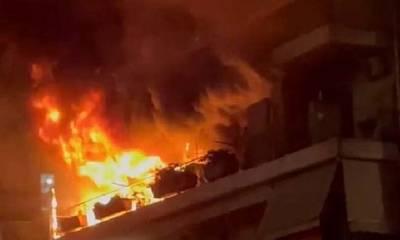 Φωτιά σε πολυκατοικία στην Πάτρα (photos)