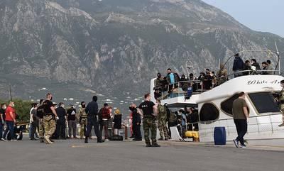 Στο λιμάνι της Καλαμάτας το σκάφος με τους 182 μετανάστες