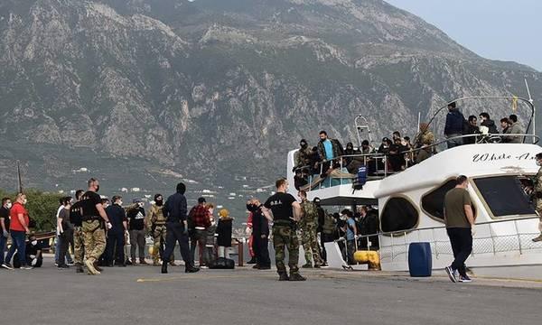 Ηλεία: Συνελήφθησαν οι 5 διακινητές μεταξύ των 184 μεταναστών