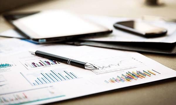 Αναρτήθηκαν οι πίνακες για την ενίσχυση των επιχειρήσεων στην Περιφέρεια Πελοποννήσου