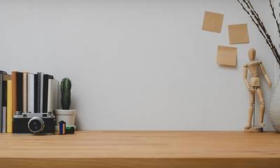4 tips για να διακοσμήσετε το γραφείο της δουλειάς