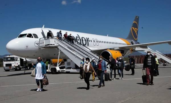 Κατέφθασαν οι πρώτοι τουρίστες στην Καλαμάτα