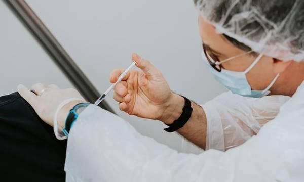 Πού κυμαίνονται οι εμβολιασμοί στην Πελοπόννησο