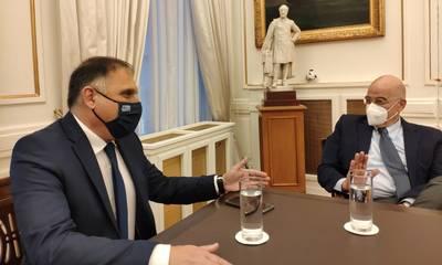 Τον υπουργό Εξωτερικών, Νίκο Δένδια, επισκέφτηκε ο Νεοκλής Κρητικός