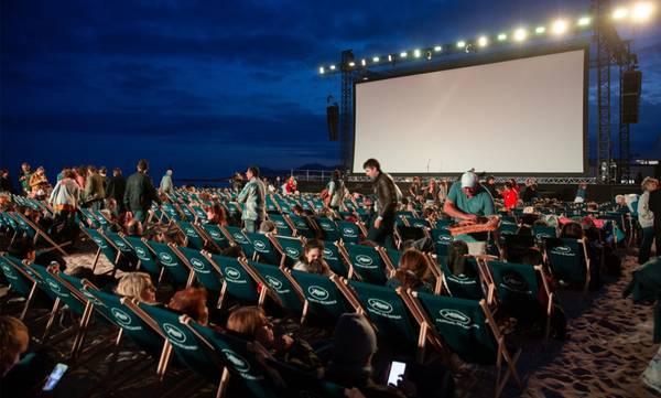 Επαναλειτουργούν τα θερινά σινεμά. Ακολουθούν γυμναστήρια, συναυλές και μουσική στην εστίαση