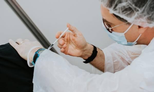 Πού κυμάνθηκαν οι εμβολιασμοί στην Καλαμάτα