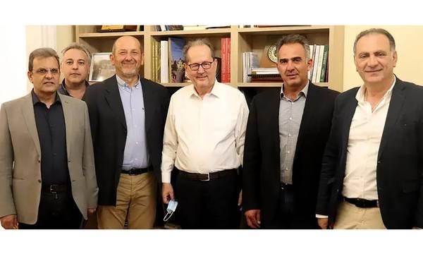 Συνάντηση Περιφερειάρχη με τους προέδρους των Επιμελητηρίων