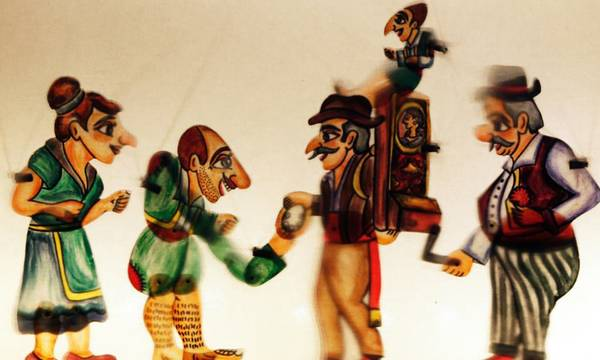 Αντιδράσεις για την απαγόρευση μουσικής σε παράσταση του Καραγκιόζη στην Καλαμάτα