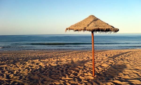 Κλειστές, ακόμα, πολλές παραλίες στο Γύθειο!