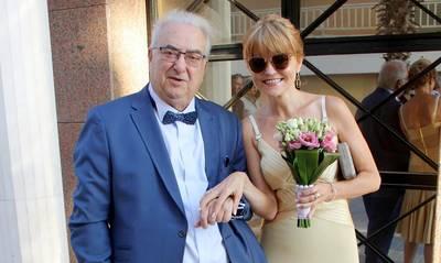 Λουτράκι: Παντρεύτηκαν μετά από 13 χρόνια σχέσης (photos)