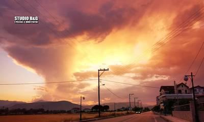 Αργολίδα: Ο ουρανός πήρε «φωτιά» (photos)