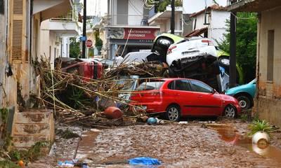 Καλαμάτα! «Φύλαγέ τη από σεισμό, καταποντισμό… και επιδρομές!»