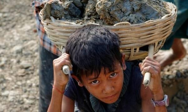 ΟΗΕ: Η παιδική εργασία αυξήθηκε σε παγκόσμια κλίμακα για πρώτη φορά σε δύο δεκαετίες