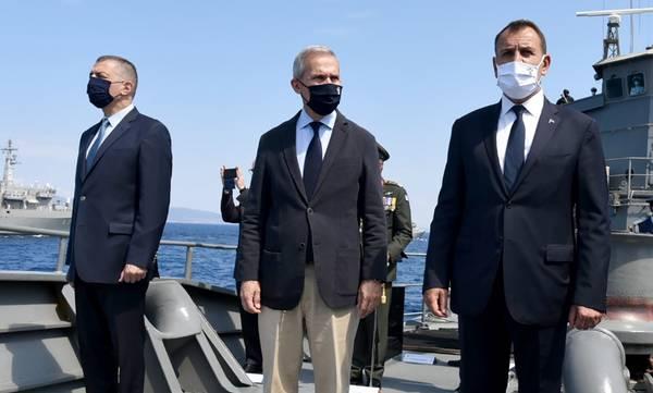 Παρών κατά την επιθεώρηση του Στόλου από την Πρόεδρο της Δημοκρατίας