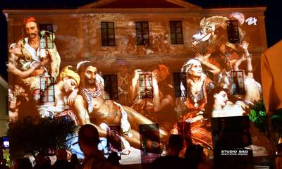 Η Ελληνική Επανάσταση «ζωντάνεψε» στο Ναύπλιο - Εντυπωσιακές εικόνες (photos-video)