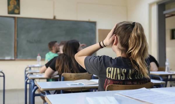 Πανελλήνιες 2021: «Πρεμιέρα» με Νεοελληνική Γλώσσα και Λογοτεχνία – Οι αλλαγές που ισχύουν από φέτος