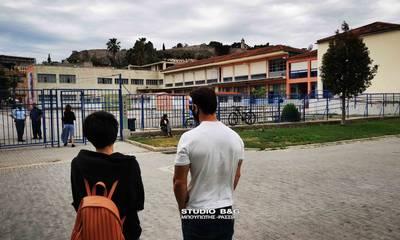 Πανελλήνιες 2021: Η πρώτη μέρα των Πανελλαδικών Εξετάσεων στο Ναύπλιο (photos - video)
