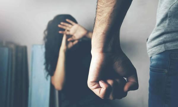 Πεθερά έσωσε νύφη και εγγόνι από βίαιο ξέσπασμα του γιου της