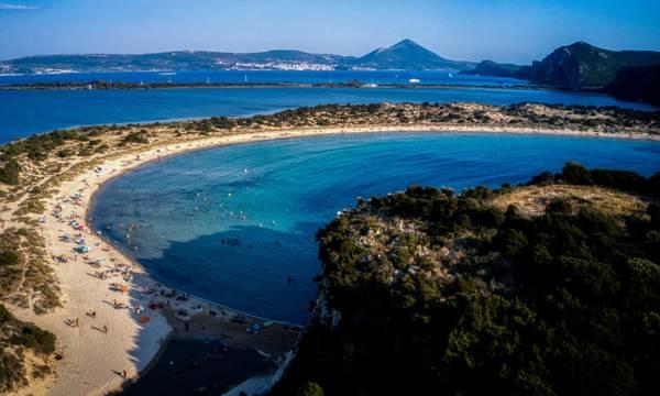 Πελοπόννησος: Χτύπησαν «κόκκινο» οι κρατήσεις στα παραθαλάσσια Airbnb για το τριήμερο