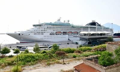 Δήμος Πατρέων: «Να απομακρυνθεί άμεσα το παροπλισμένο κρουαζιερόπλοιο από το λιμάνι»