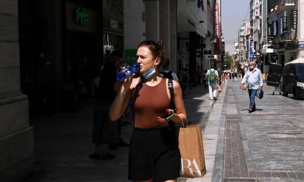 Χωρίς μάσκα από σήμερα σε εξωτερικούς χώρους - Τέλος από Δευτέρα και η απαγόρευση κυκλοφορίας