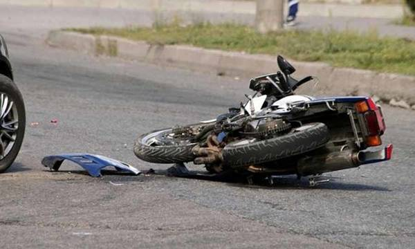 Τροχαίο ατύχημα στο Γεράκι Λακωνίας - Στο νοσοκομείο δύο νεαροί