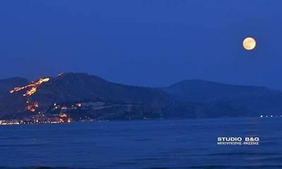 Το «φεγγάρι της φράουλας» στο Ναύπλιο (photo-video)