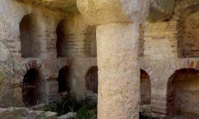Μενδώνη: Εντός ιδιωτικής αγροτικής έκτασης, ο «Ρωμαϊκός τάφος στην καρδιά της Λακωνίας»