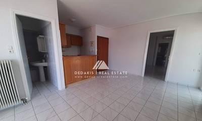 Πωλείται διαμέρισμα 60τ.μ. στο Λουτράκι