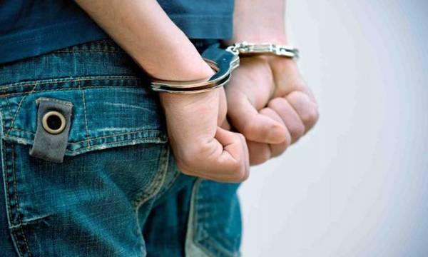 Σύλληψη ημεδαπού σε κοινότητα της Σπάρτης, με δενδρύλλιο κάνναβης στην αυλή του!