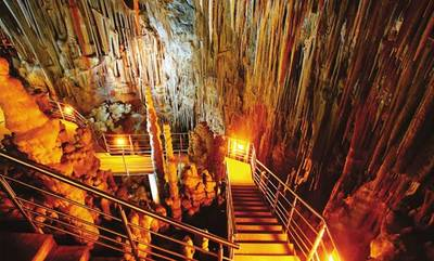 Ξεναγήσεις στο σπήλαιο Καστανιάς, στις Βοιές του Δήμου Μονεμβάσιας