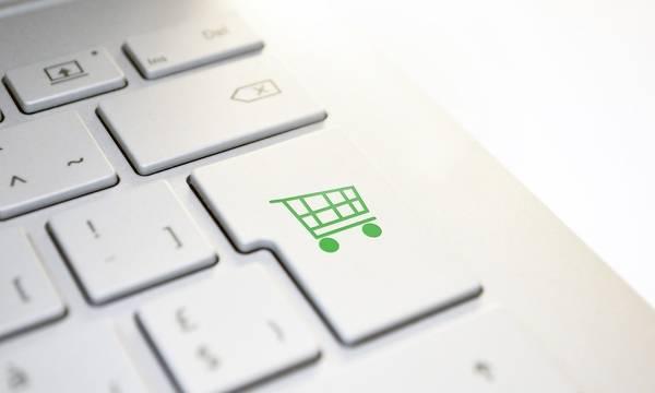 Ακριβότερα τα δέματα των αγορών μέσω ίντερνετ - Καταργείται η απαλλαγή ΦΠΑ