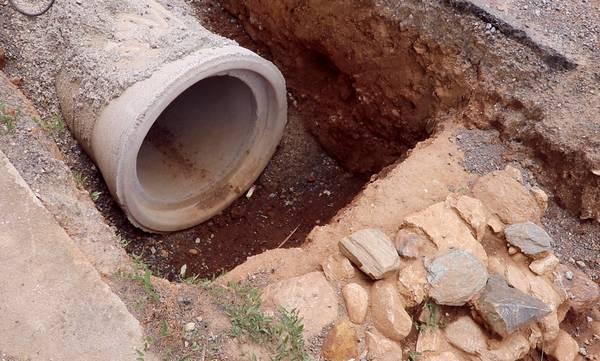 ΔΕΥΑΣ: Γιατί «κόλλησαν» τα έργα του αγωγού ομβρίων υδάτων, στην οδό Κύπρου της Σπάρτης