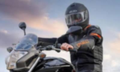 Την άρπαξε την τσάντα κι εξαφανίστηκε με moto!