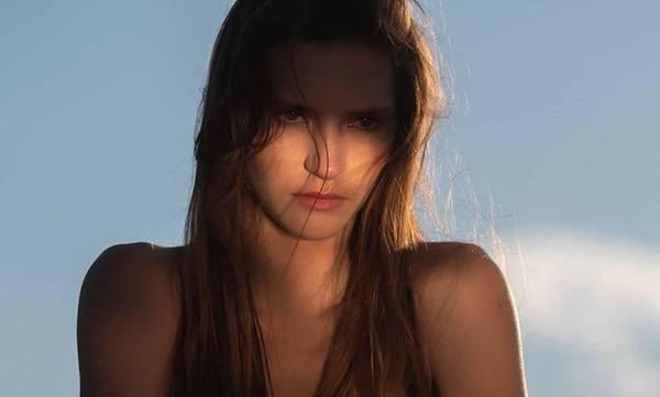 Μαρία Μιχαλοπούλου: Η «αγρότισσα» του GNTM γιόρτασε τα γενέθλια της με topless φωτογραφία
